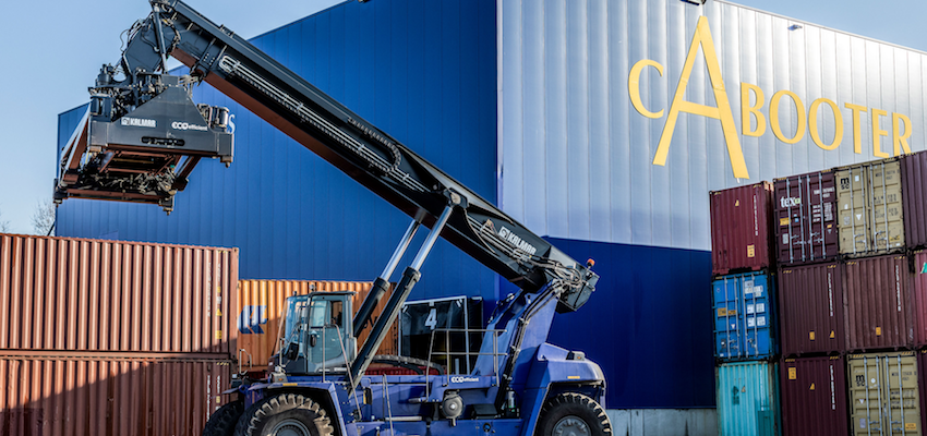 Kalmar to build fully electric reachstacker