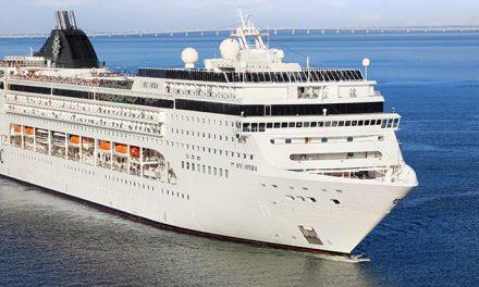 VIDEO: Giant cruise ship crashes into pier