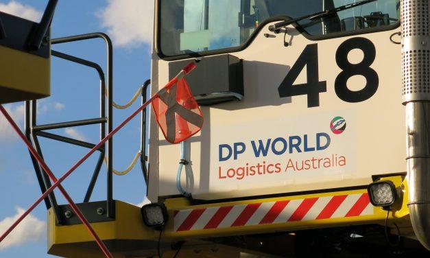 DPWA job cuts as waterfront dispute drags on