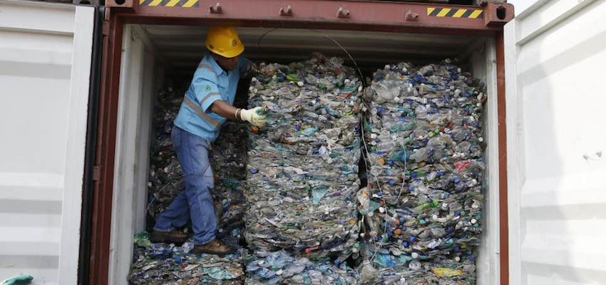Containers of contaminated waste to come back to Australia