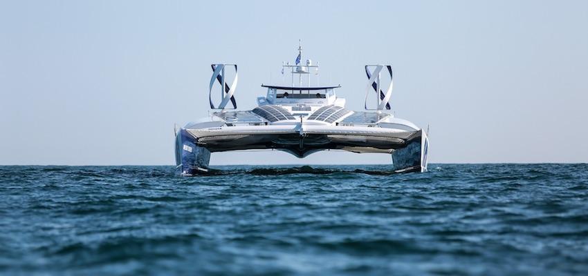 World trip for hydrogen-fuelled vessel