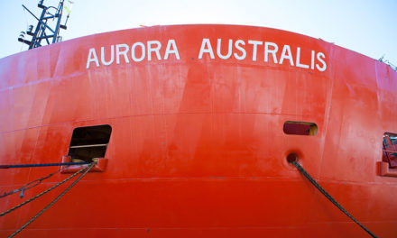 Commonwealth urged to convert Aurora Australis into emergency response role