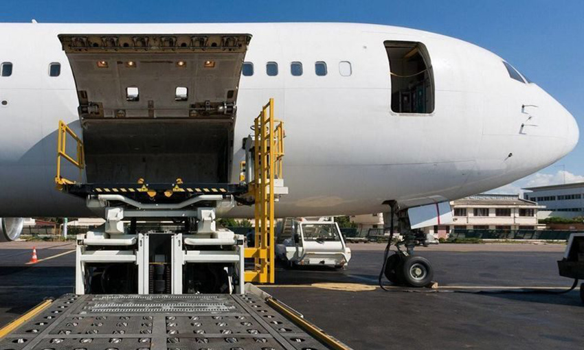Freight flights resume from Adelaide