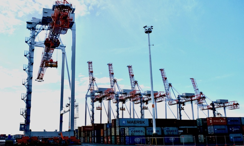 New crane moved into position at Port of Tauranga