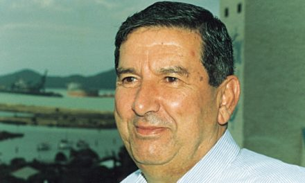 Gladstone Port pays tribute to the late Reg Tanna