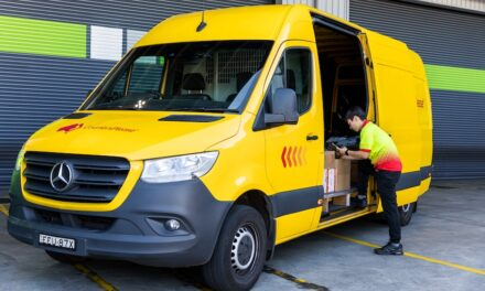Parcel delivery franchise sets carbon neutral goal