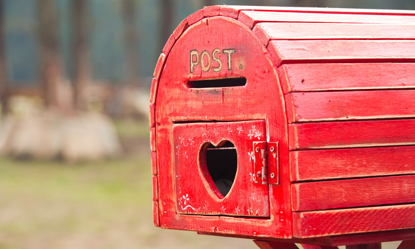 "Australia Post's role ""essential"", committee hears"