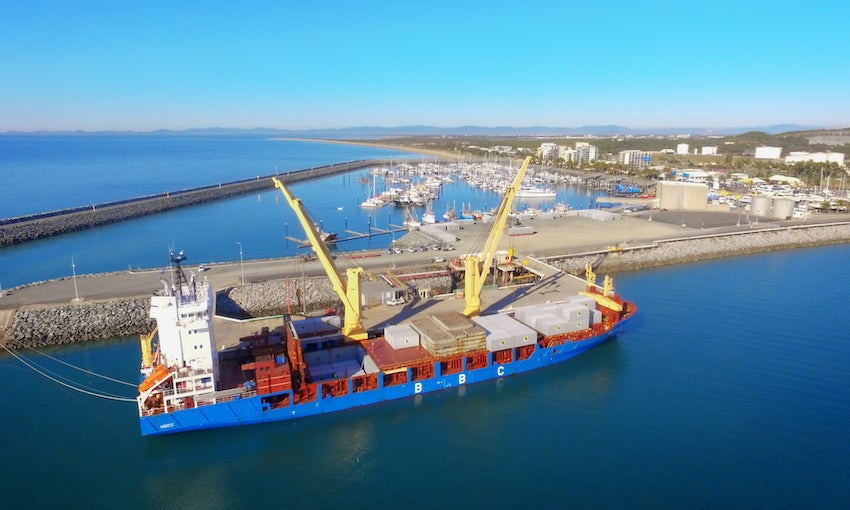 Containers on the move at Mackay Port [WITH VIDEO]