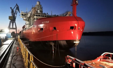 New icebreaker overcomes first scrape (with video)