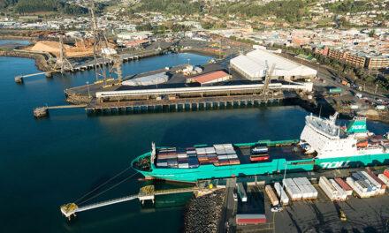 TasRail hits key milestone: New bulk minerals shiploader for Burnie Port