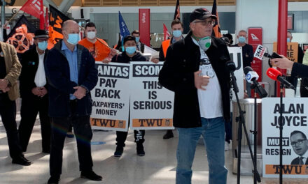 Qantas workers stage protests (with video)