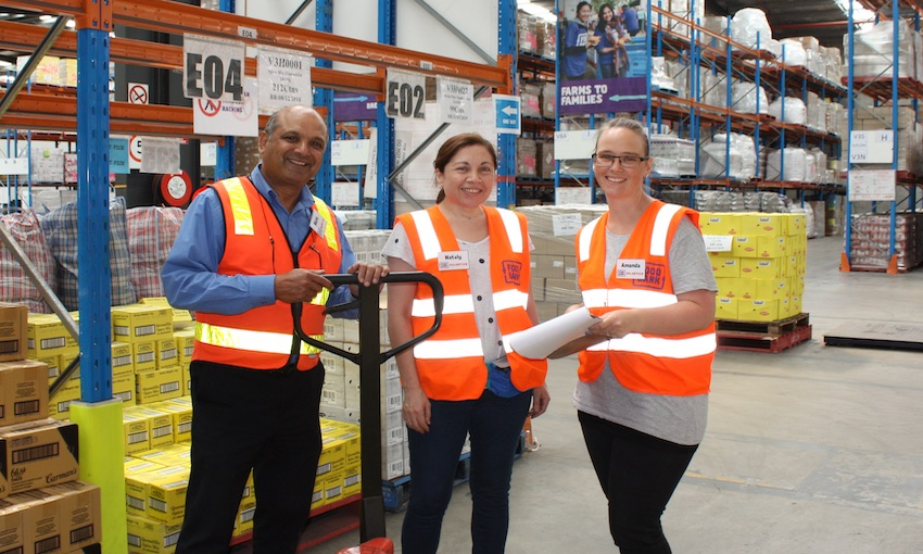 Port of Melbourne extends partnership with Foodbank Victoria
