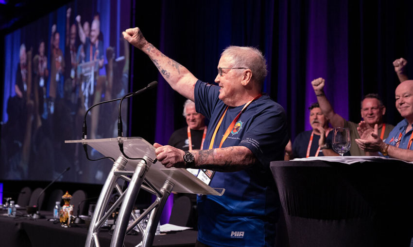 Veteran union figure mourned (with video)