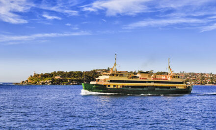Union raises alarm over Manly ferry retirement plans (with video)
