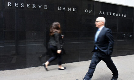 Uncertain economic outlook, RBA governor warns