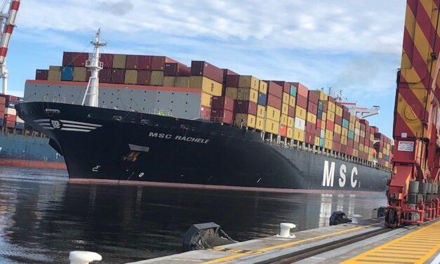 MSC Rachele breaks record in Melbourne