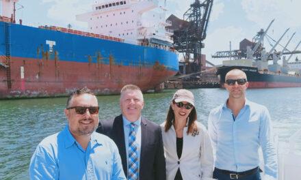 US Consul General tours Port Kembla with Ports Australia