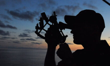 Sextant guides Aussie maritime expert to high honours