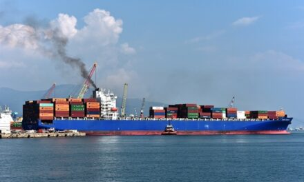 2020 global shipping carbon emissions down during COVID