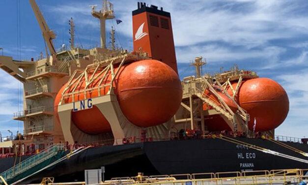 LNG-fuelled bulker berths at Kooragang