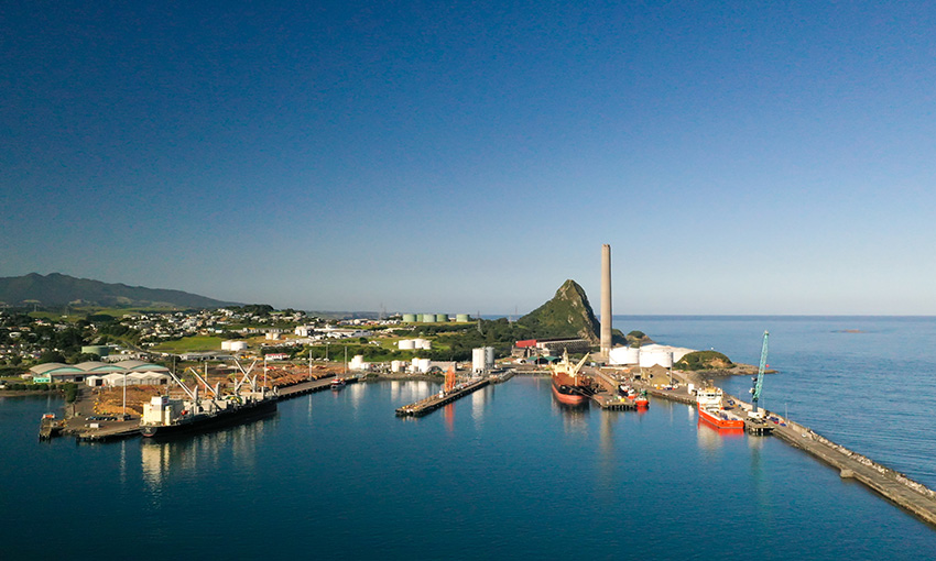 Regional port chief executive stepping down