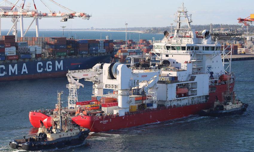 Fire-damaged MPV Everest arrives at Fremantle