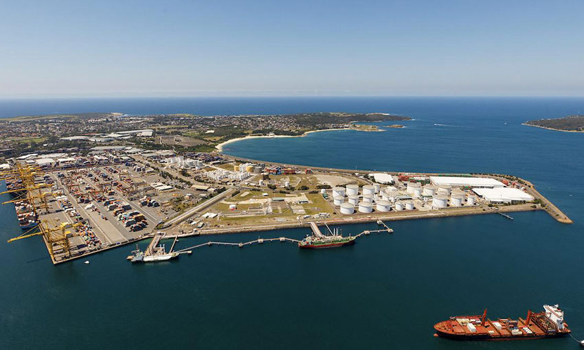 UPDATED: Botany port workers exposed to COVID-19, awaiting test results