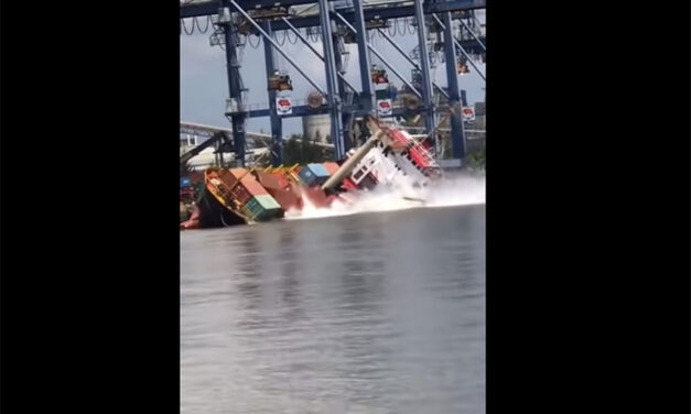 Ship loses containers overboard while alongside