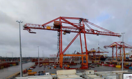 Watch new quay crane assembly at Patrick's Sydney terminal