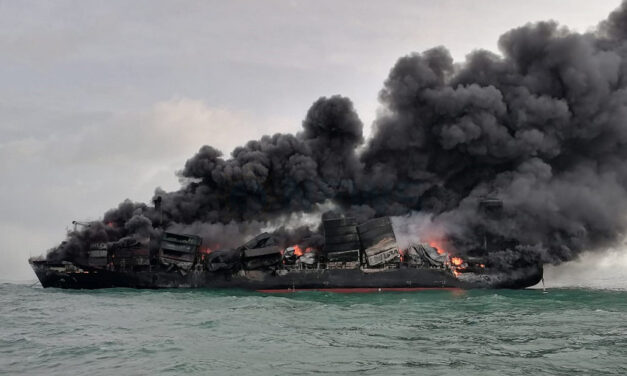 Containership burns off Sri Lanka
