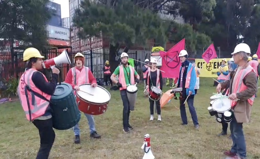 Climate protestors target Port Botany with blockade